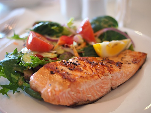 salmon tastes great and reduces blood pressure